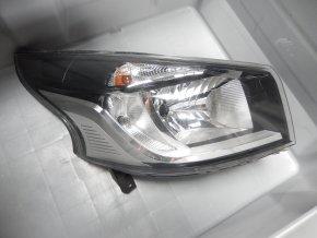 Světlomet pravý přední Renault Trafic / Opel Vivaro III.  č. 260105469R