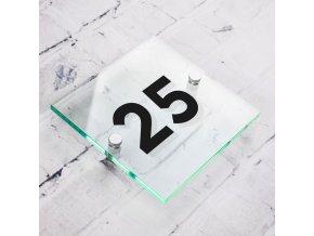 domovní číslo ze skla