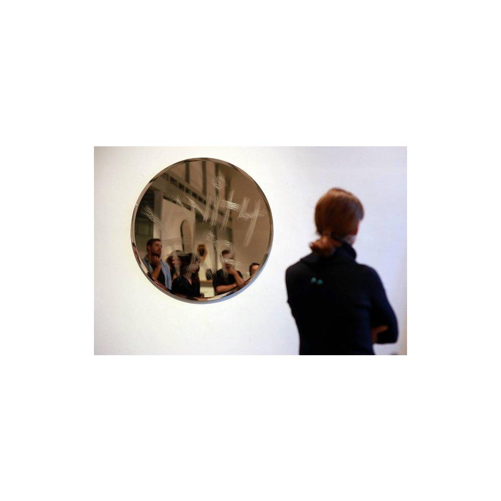 Zrcadlo Vanity Fair ze studia qubus