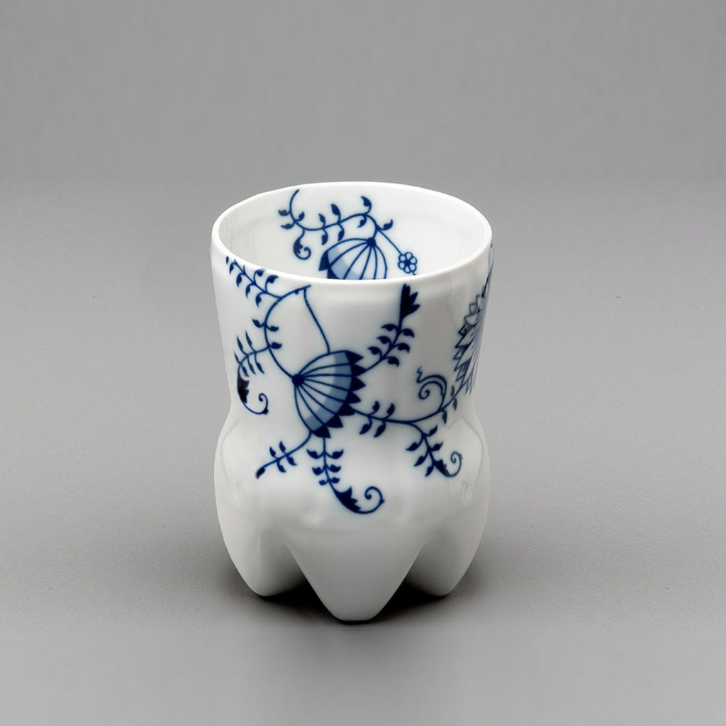 qubus maxim velcovsky cola cup onion pattern