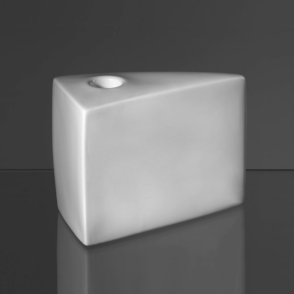 qubus maxim velcovsky fake cake white
