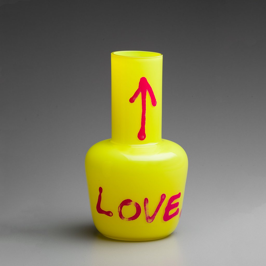 qubus jakub berdych karpelis unnamed vase love yellow