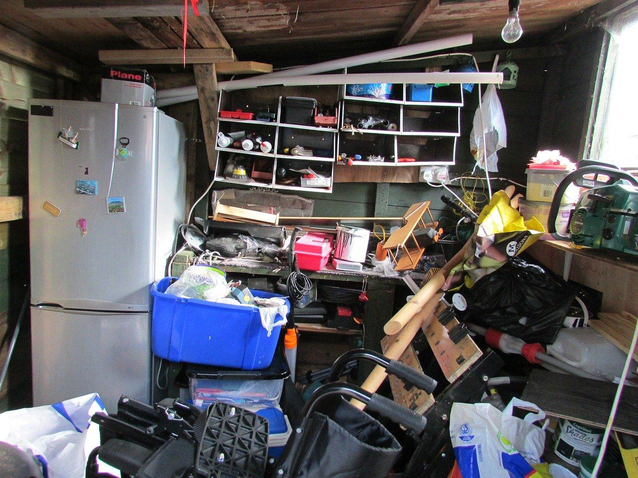usporadani-garaze-bordel