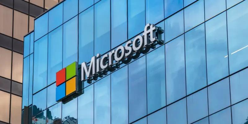 Spoločnosti Microsoft unikli informácie o miliónoch používateľoch