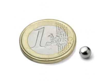 Neodymový magnet koule D 5 mm