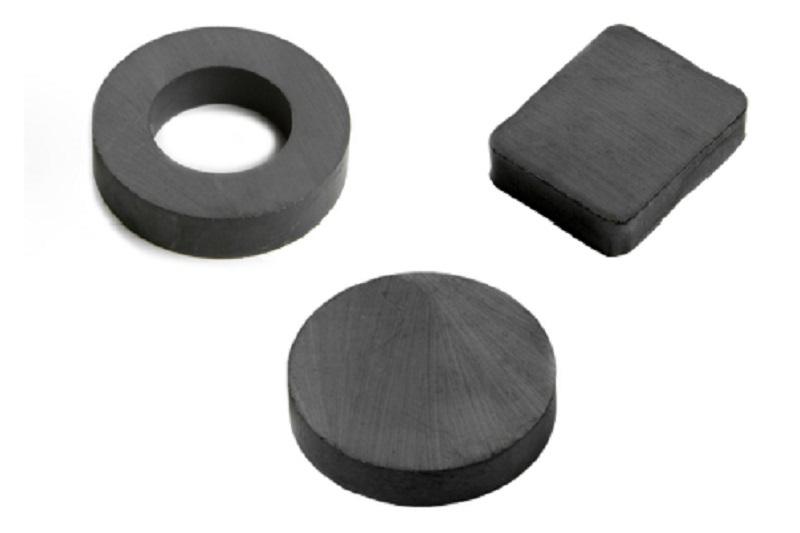 Feritové magnety