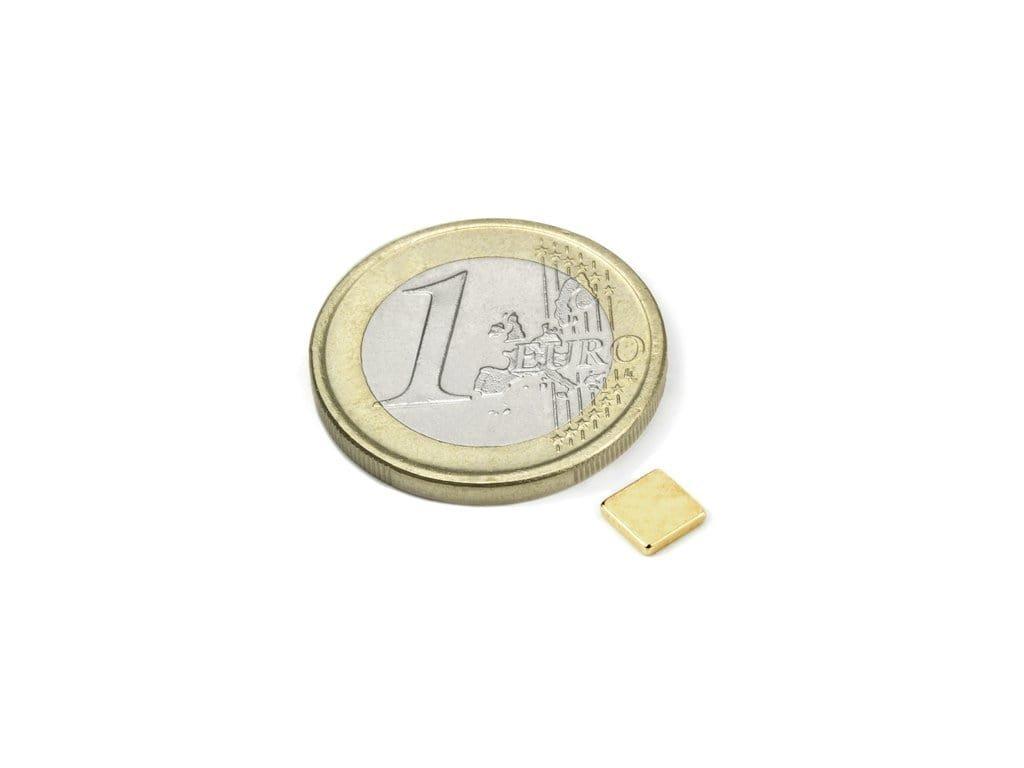 Neodymový magnet hranol 5x5x1.2mm, Neodym, N50, pozlacený