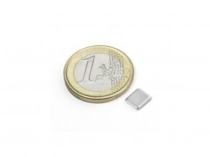 Neodymový magnet hranol 7x6x1.2mm, NdFeB, N50, poniklovaný