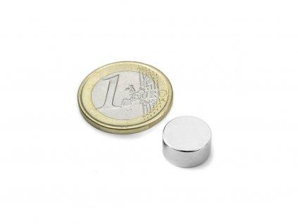 Neodymový magnet válec D12x6mm, Neodym, N42, poniklovaný, diametrálně magnetizován