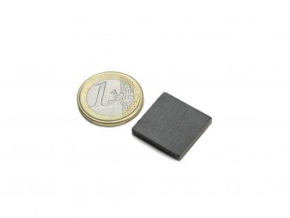 Feritový magnet hranol 20x20x3mm, Ferit, Y35, bez povrchové úpravy