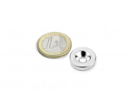 Neodymový magnet mezikruží D18/4.5 mm, H 4mm,s vrtáním a zahloubením, N35,poniklovaný