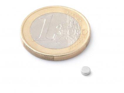 Neodymový magnet válec D3x1 mm, Neodym, N42, poniklovaný