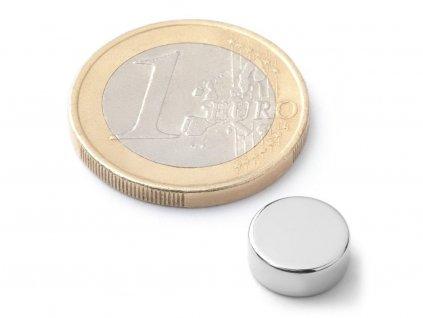 Neodymový magnet válec D10x4 mm, Neodym, N38, poniklovaný