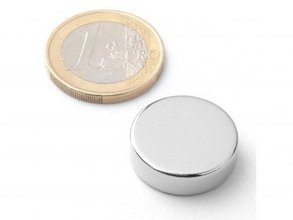 Neodymový magnet válec D20x6 mm, Neodym, N38, poniklovaný