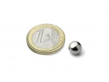 Neodymový magnet koule D 8 mm