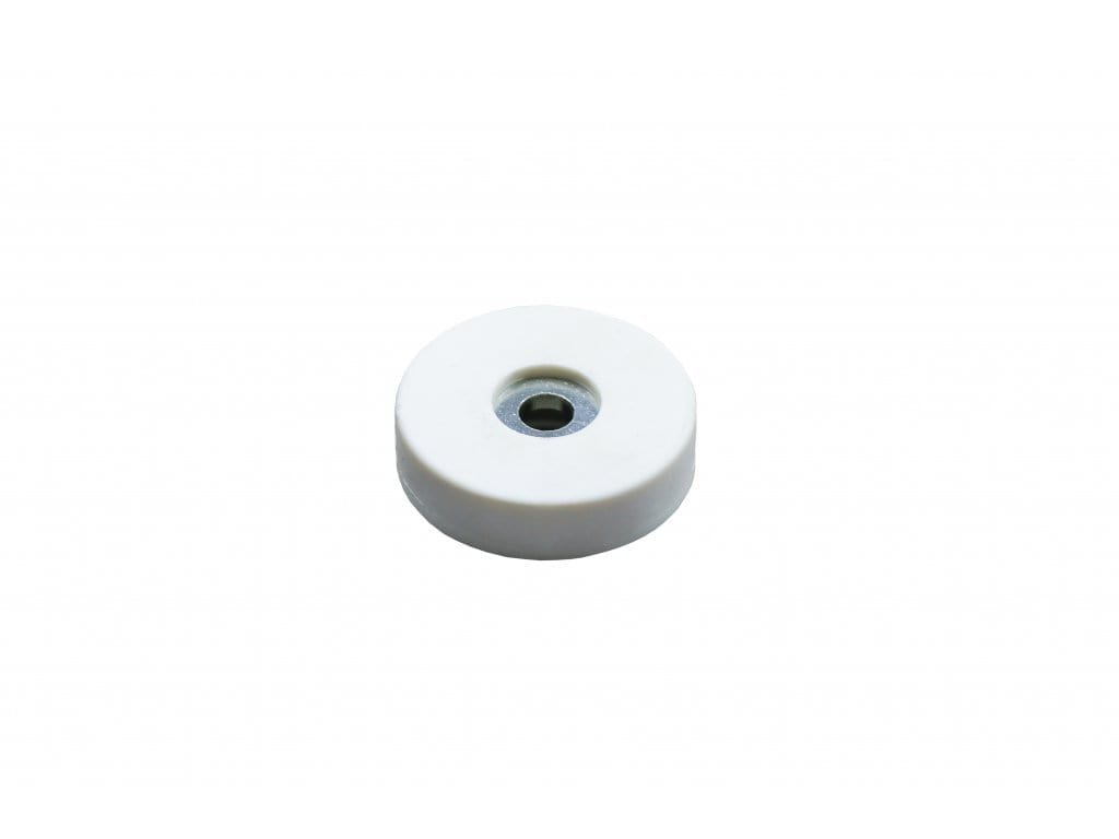 4544 5 neodymovy pogumovany magnet se stredovou dirou 22x4x6 mm