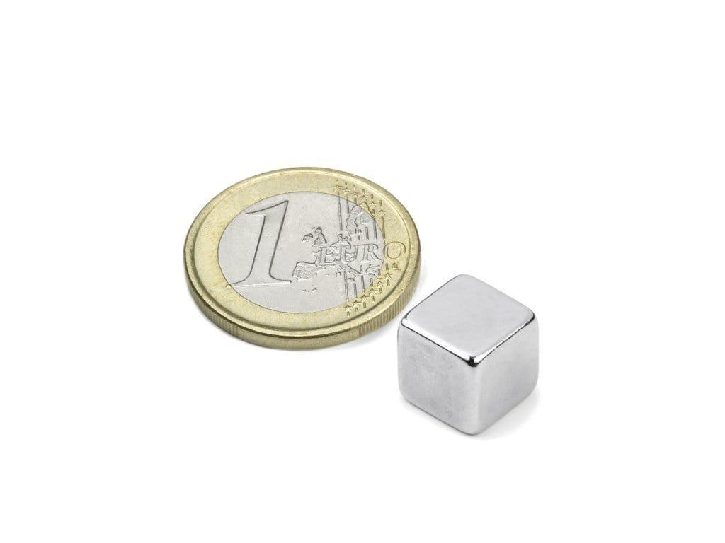 Neodymový magnet hranol 10x10x10mm, Neodym, N42, ponikelovaný