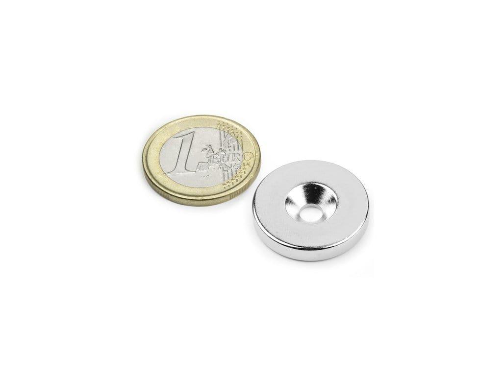 Neodymový magnet medzikružie D23/4.5 mm, H 4mm,s vrtaním a zahĺbením, N35,ponikelovaný