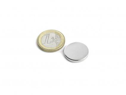 Neodymový magnet valec D20x3mm, Neodym, N45, ponikelovaný