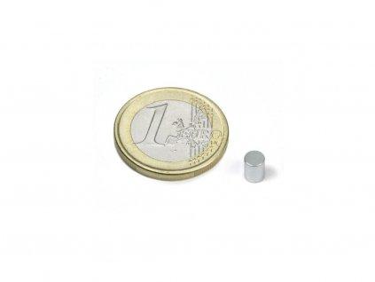Neodymový magnet valec D4x5mm, Neodym, N45, pozinkovaný