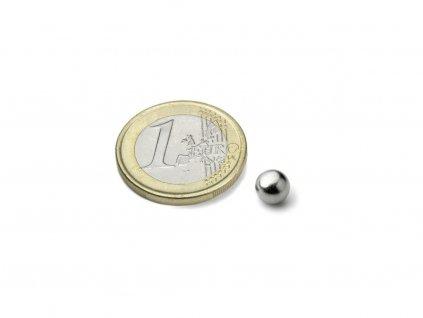 Neodymový magnet guľa D6mm, N38, pochromovaný
