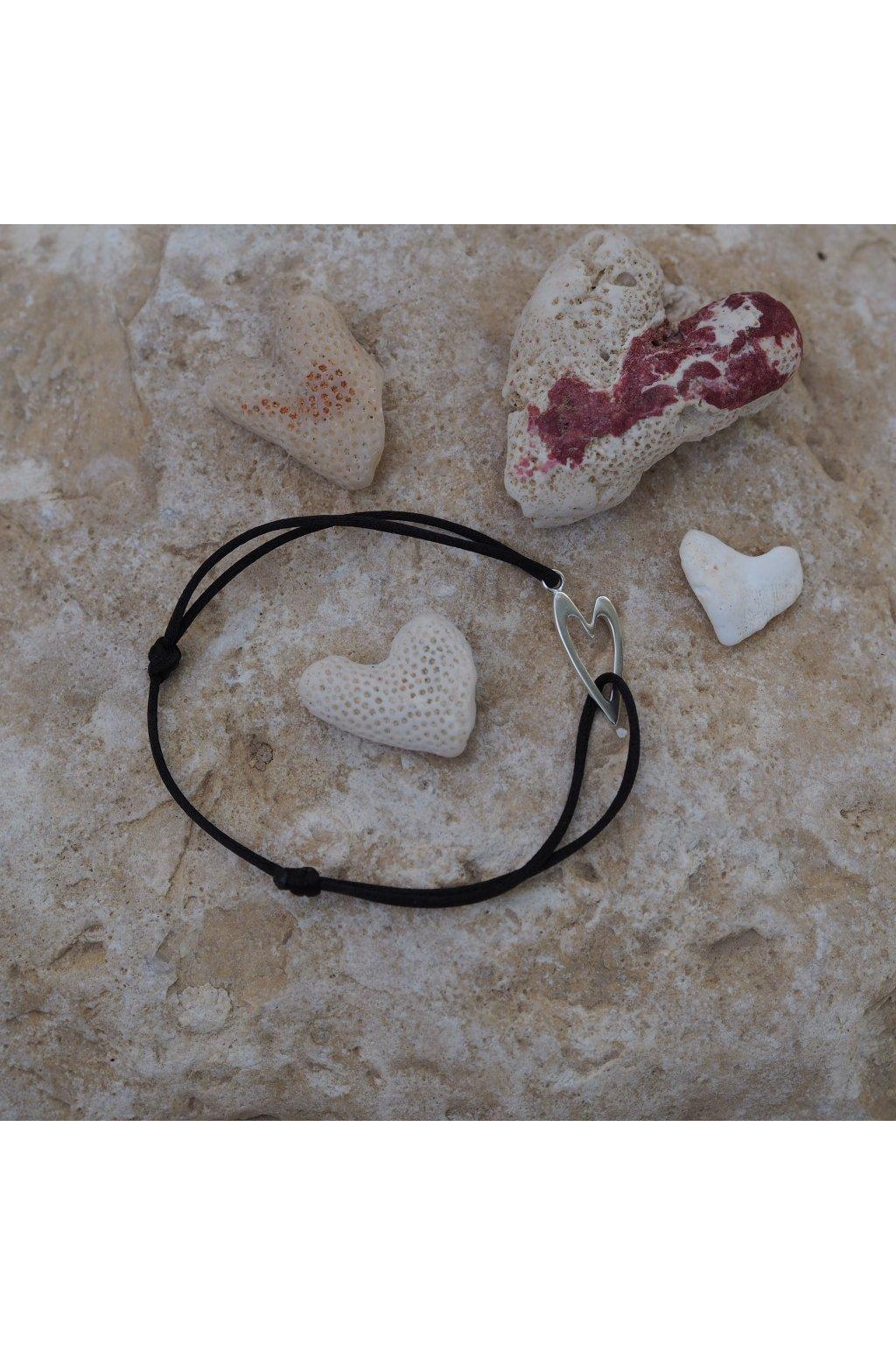 dámský náramek srdce