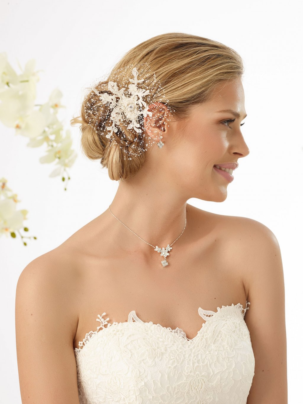 Bianco Evento bridal headpiece 113 (1)