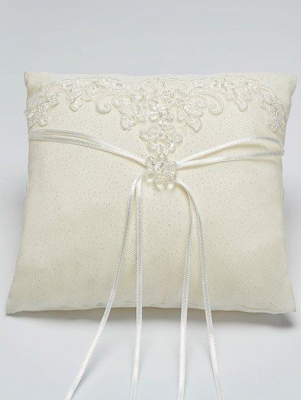 Bianco Evento bridal pillow K1 (1)
