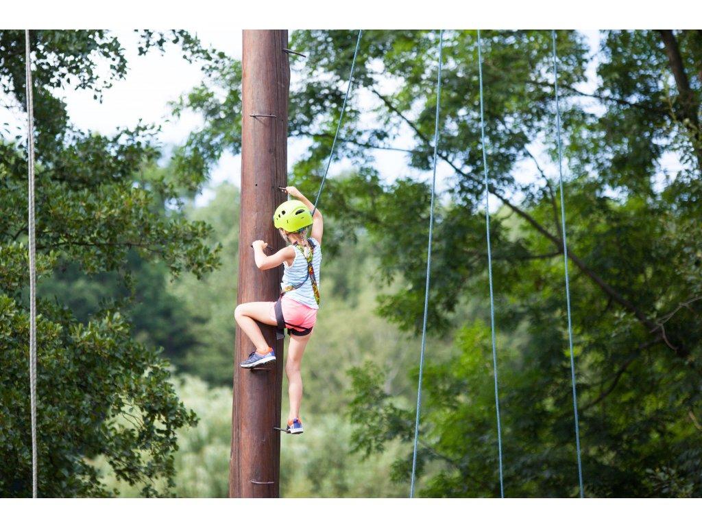 Návštěva lanového centra na Malé Skále - dítě