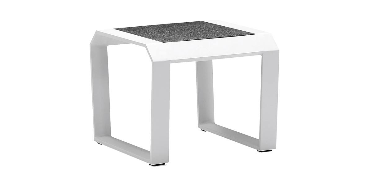 lecio-higold-205864-nomad-side-table-001