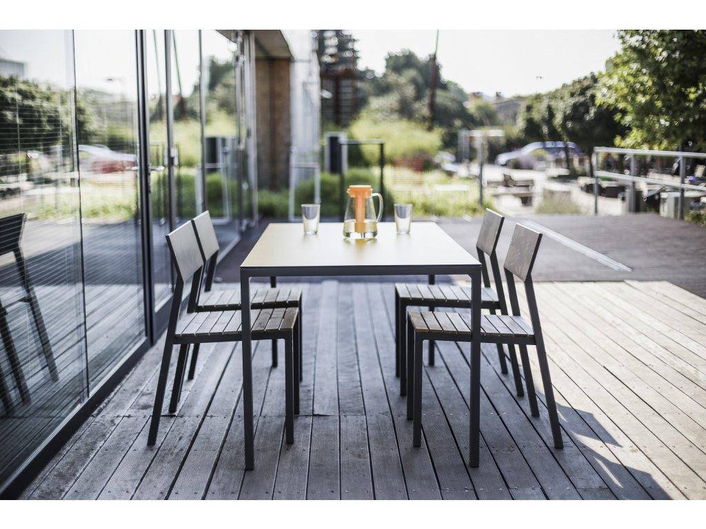 Zahradní jídelní stůl Cora střední HPL