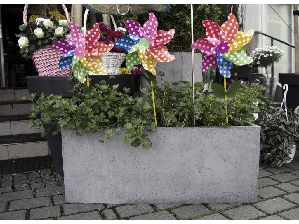 Betonový květináč Lungo