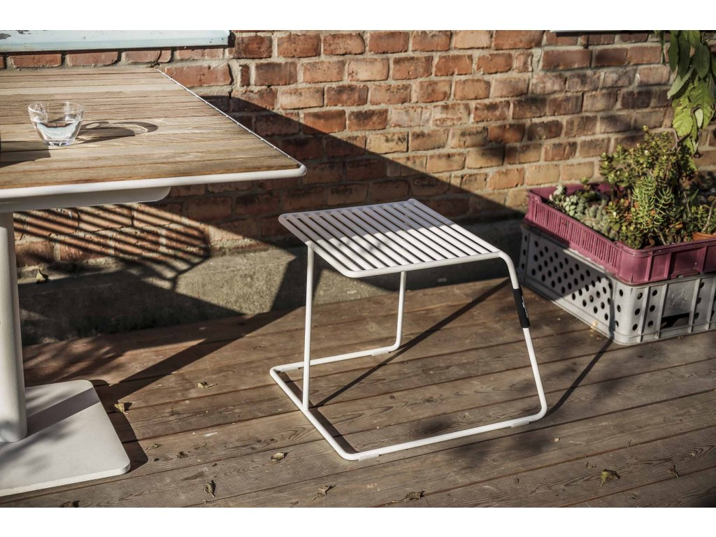 Zahradní stolička Tina