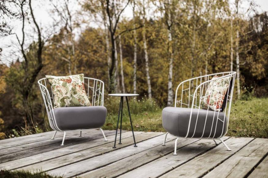 Pripravte svoj záhradný nábytok na nadchádzajúcu jarnú sezónu. Poradíme vám, ako na to