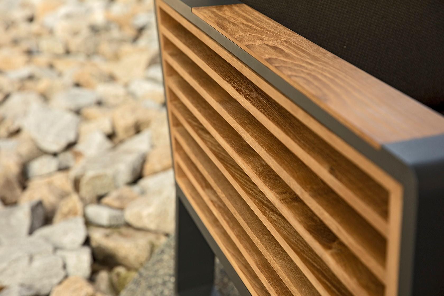 detail-teakove-drevo-higold-zidle-new-york