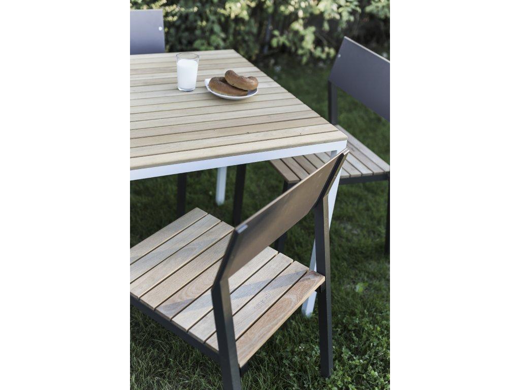 Zahradní jídelní stůl Cora střední