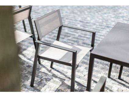 Zahradní židle s područkami Cora Batyline