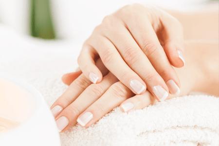 Jak pečovat o své ruce a obličej, když viry útočí.