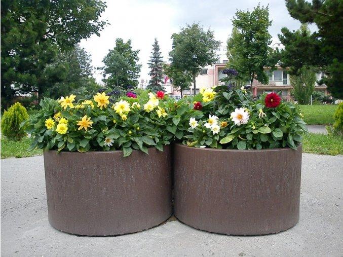 03 d. Kvetináč okrúhly, masívny