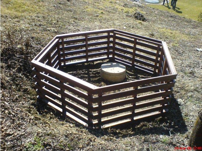 05 ba. Kompostér šesťhranný veľký
