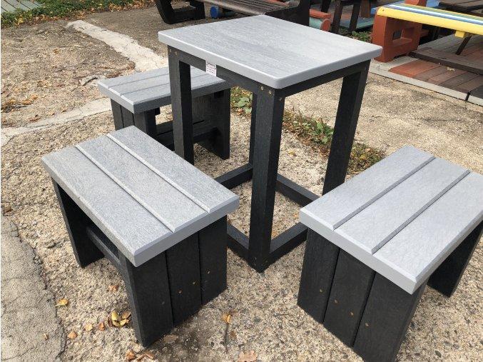 02 dab štvorcový stôl a sedaky (3)