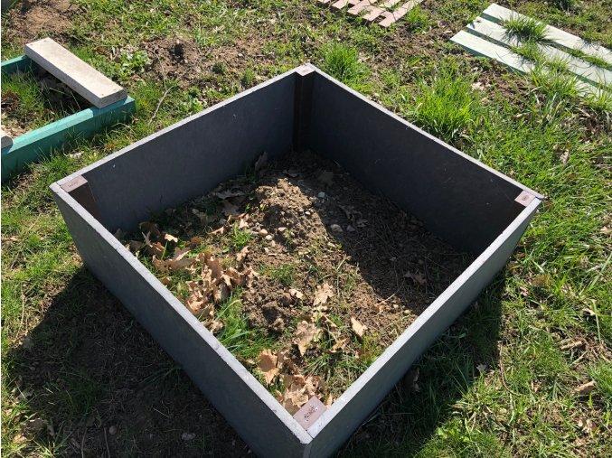 03 g záhradný záhon jednoduchý (1)