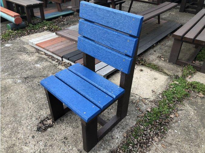 02 baga stolička (1)