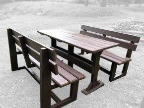 02 d stôl a dve lavičky (1)
