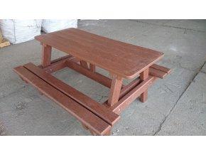 02 ja. Maly detský piknik stôl