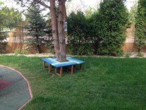 Lavicky Stoly Sedenie okolo stromu04