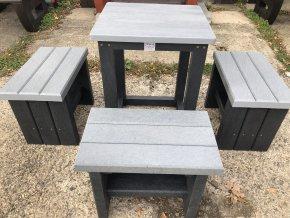 02 dab štvorcový stôl a sedaky (2)