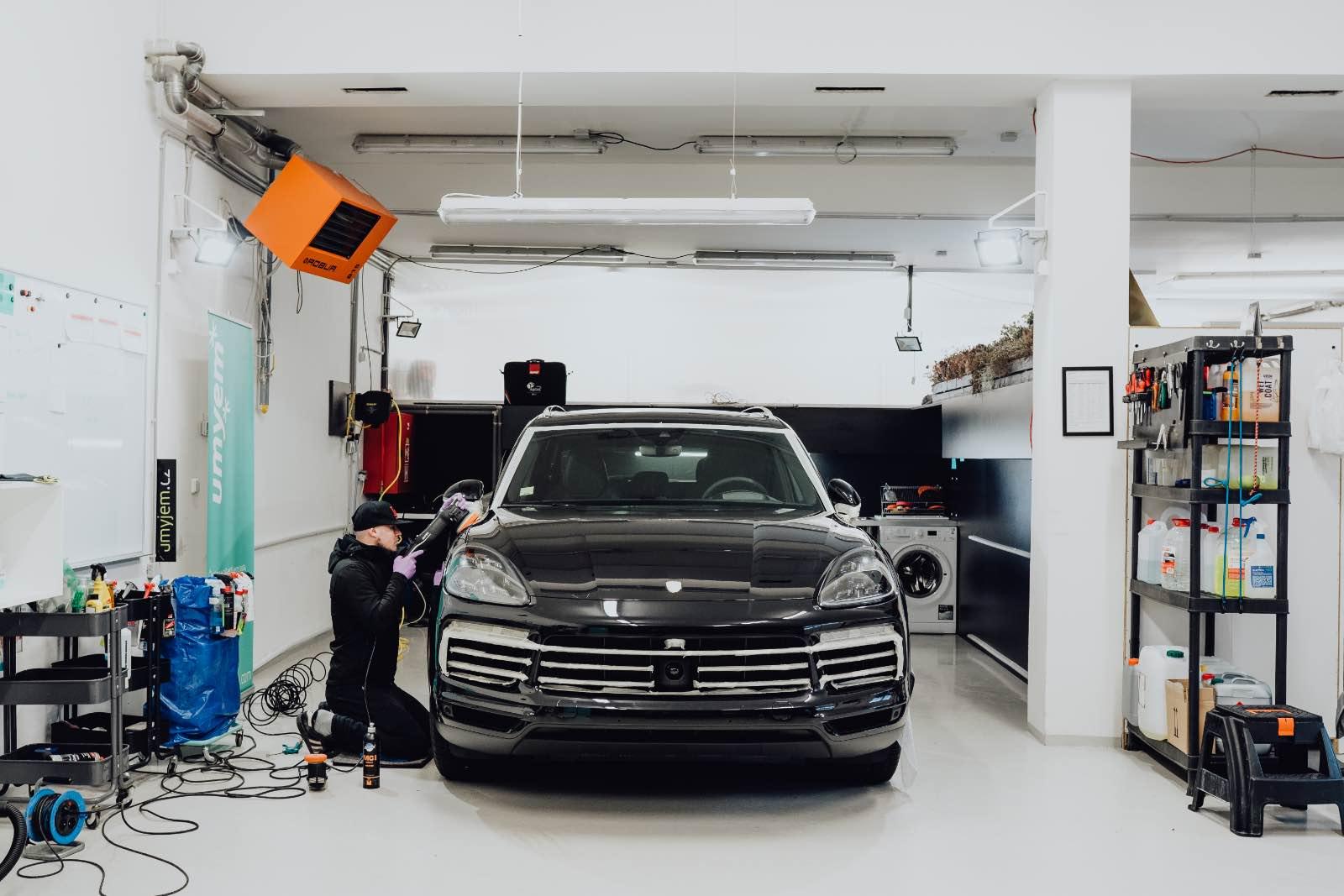 VIDEO: Porsche Cayenne S - aplikace keramické ochrany