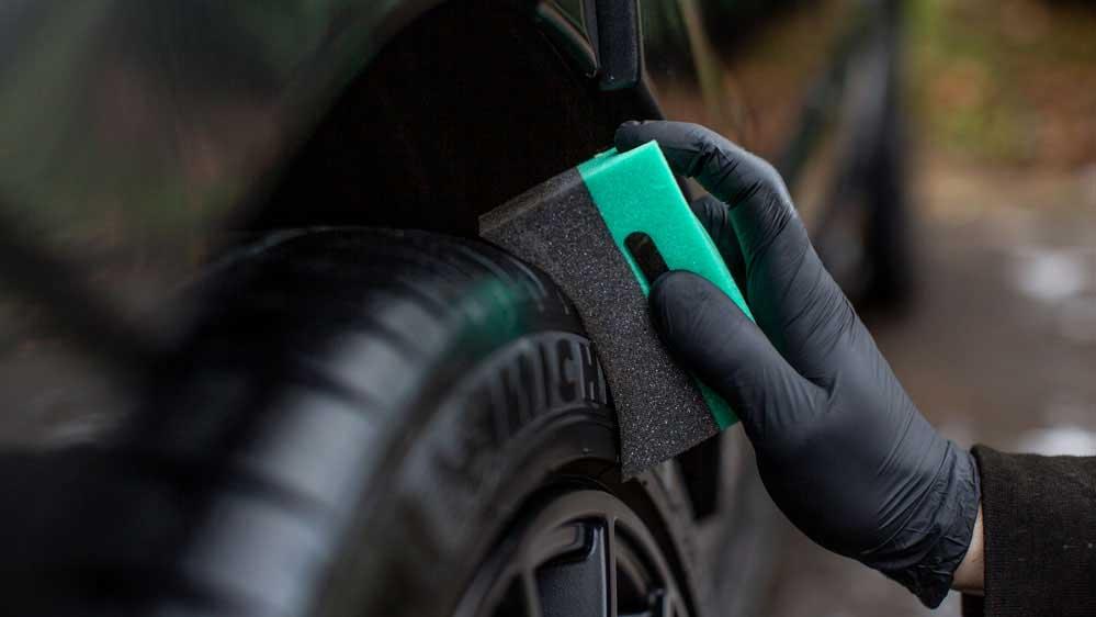 auto_finesse_tyre&trim_applicator2