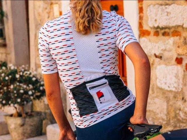 Symbol francouzské historie na našich cyklistických dresech